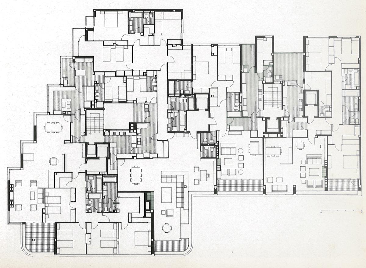 J.A.Coderch - Planta edificio c/Amigó