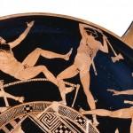 Detall de copa grega (cap a 440-430 aC.) il·lustrada amb els treballs de Teseu. © Trustees of the British Museum.