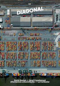 """Diagonal43 - Coberta: Port d'Anvers - Port of Antwerp Cortesia de Benjamin Grant / Satelliteimagery © DigitalGlobe. La fotografia forma part de l'exposició """"Després de la fi del món"""" que es pot visitar al Centre de Cultura Contemporània de Barcelona fins el 29 d'abril de 2018."""